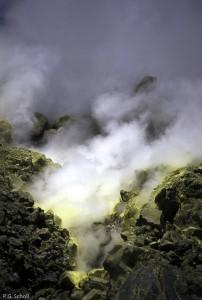Les fumerolles de Vulcano, Italie
