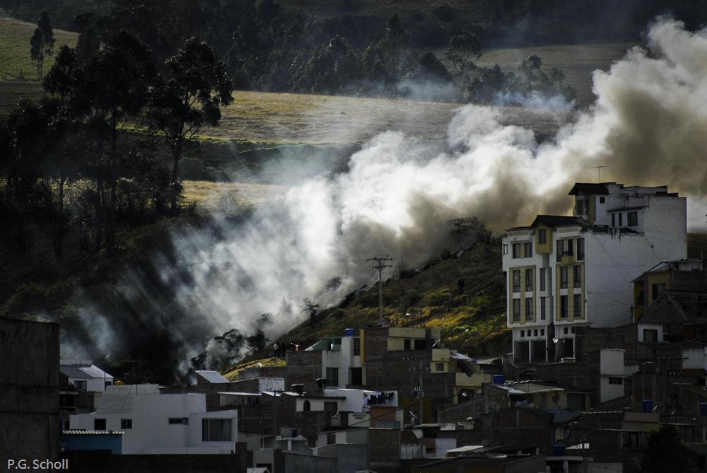 Incendie dans un quartier de Pasto, Nariño, Colombie