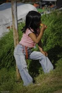Jeune habitante de la Cocha, Nariño, Colombie