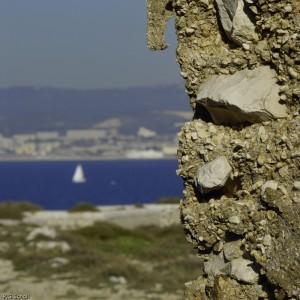Mur et mer, Frioul, Marseille, France.