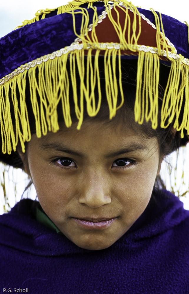 Geraldine, en tenue traditionnelle de la vallée de Chivay, Pérou