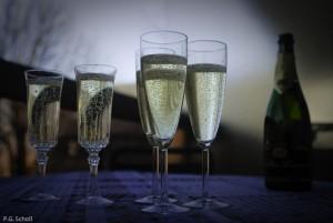 Champagne et flutes.