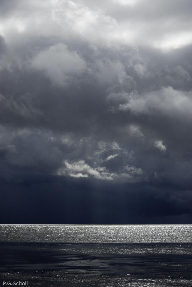Orage sur les eaux du lac Nicaragua, Costa Rica,