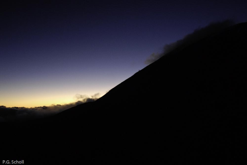 Coucher de soleil sur le flanc du volcan Teide, Tenerife, Canari